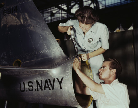 Free Photo: Riveters Building Airplanes